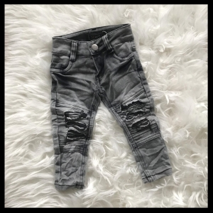 Destroyed Jeans Grey